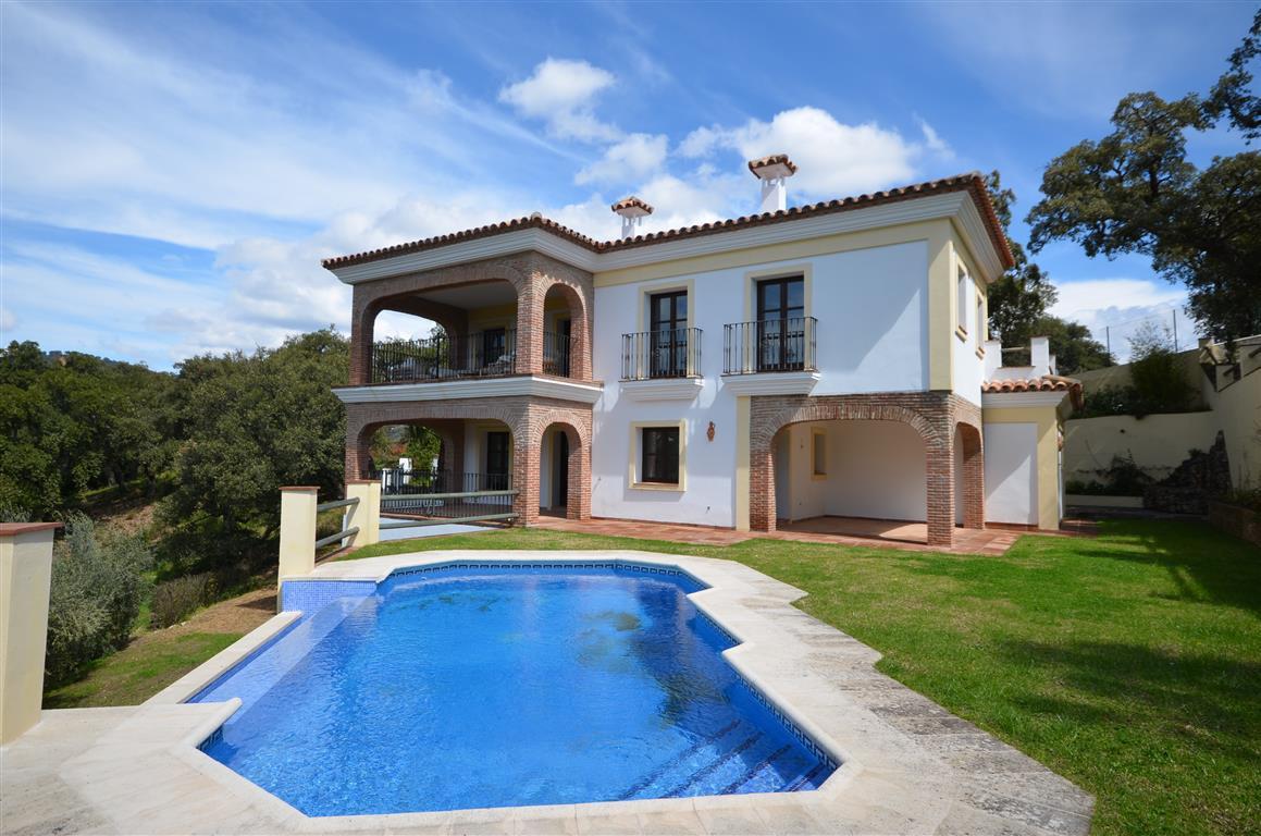 Villa for sale in Casares, Costa del Sol
