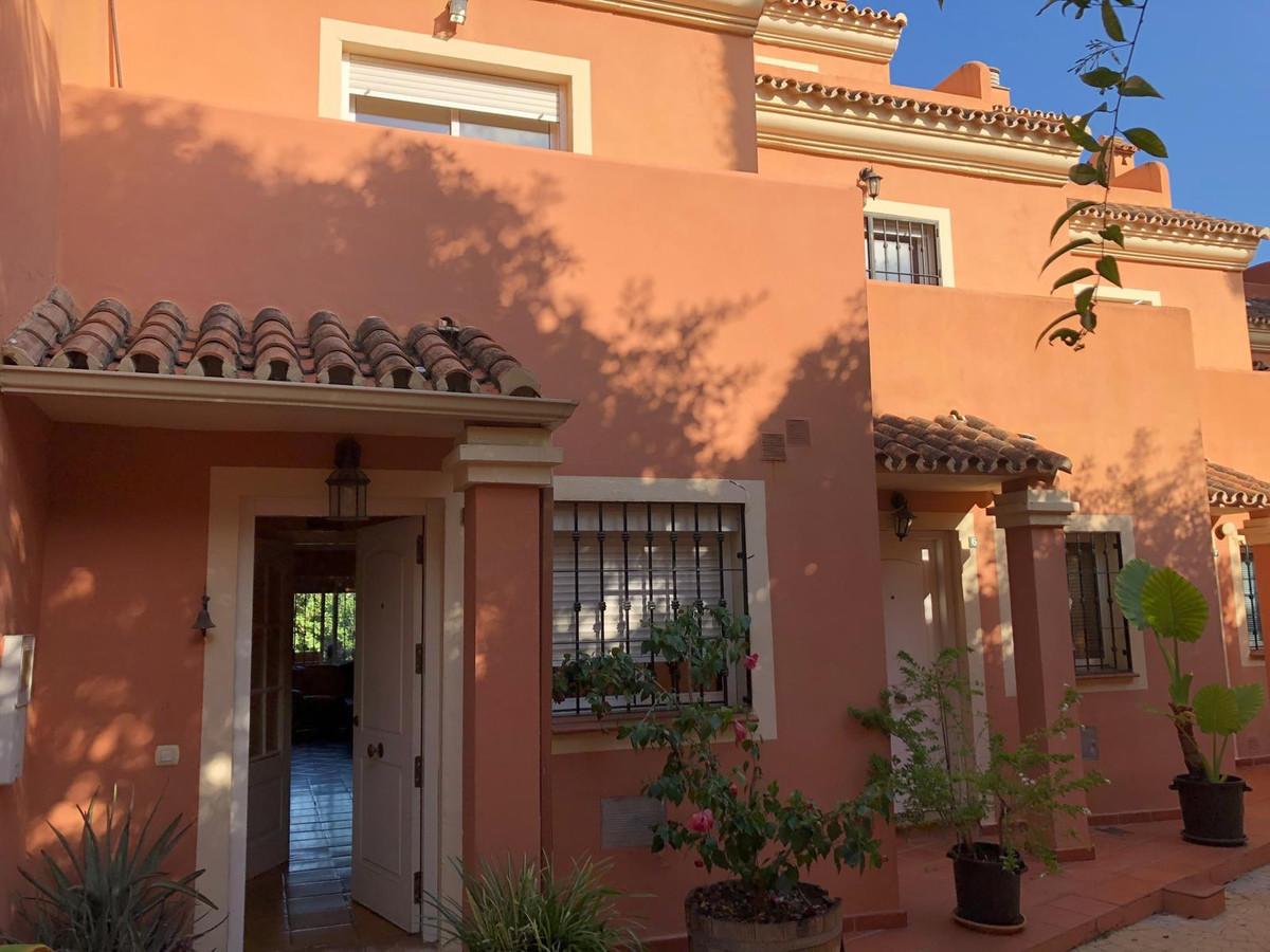 Townhouse for sale in Nagüeles, Costa del Sol