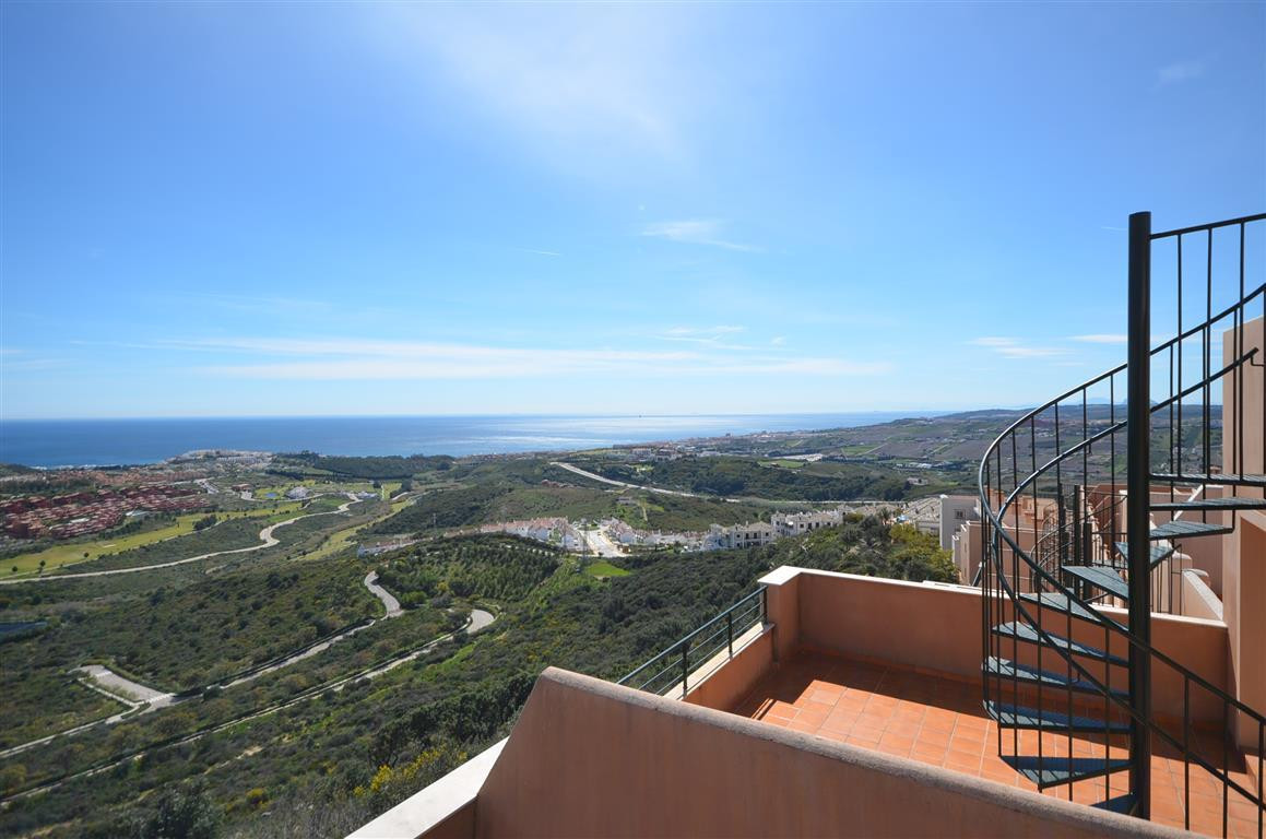 Apartment for sale in Casares, Costa del Sol