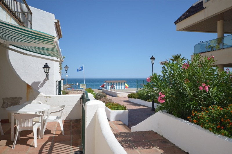 Apartment, La Duquesa, 298.000