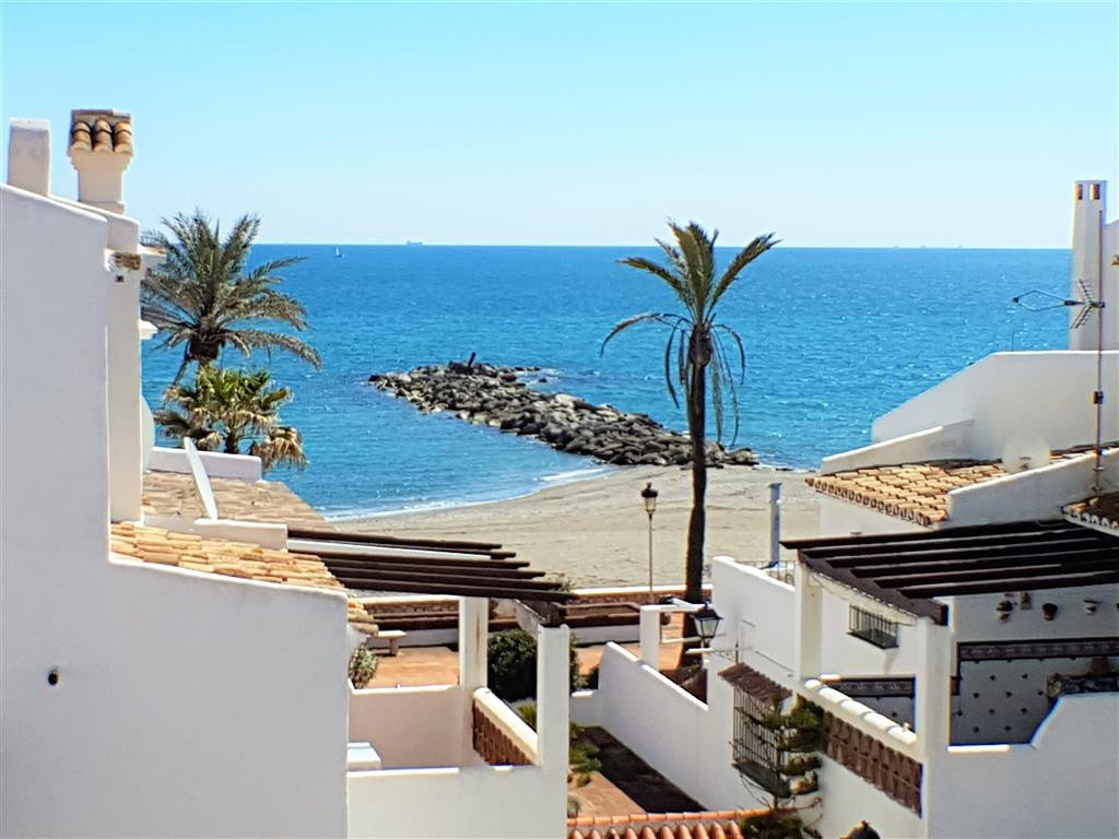 Apartment, La Duquesa, 289.000