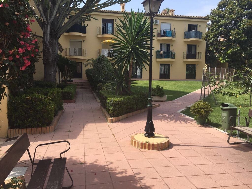 Apartment for sale in New Golden Mile, Costa del Sol