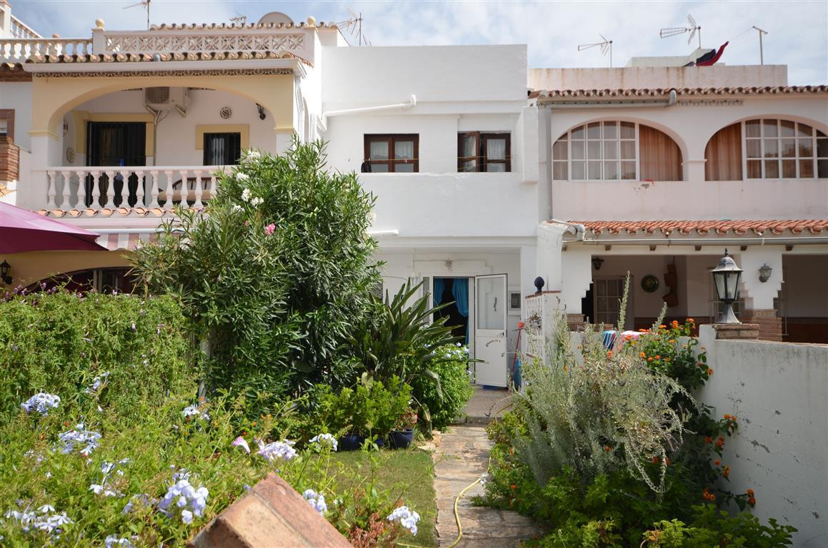 Townhouse for sale in La Duquesa, Costa del Sol