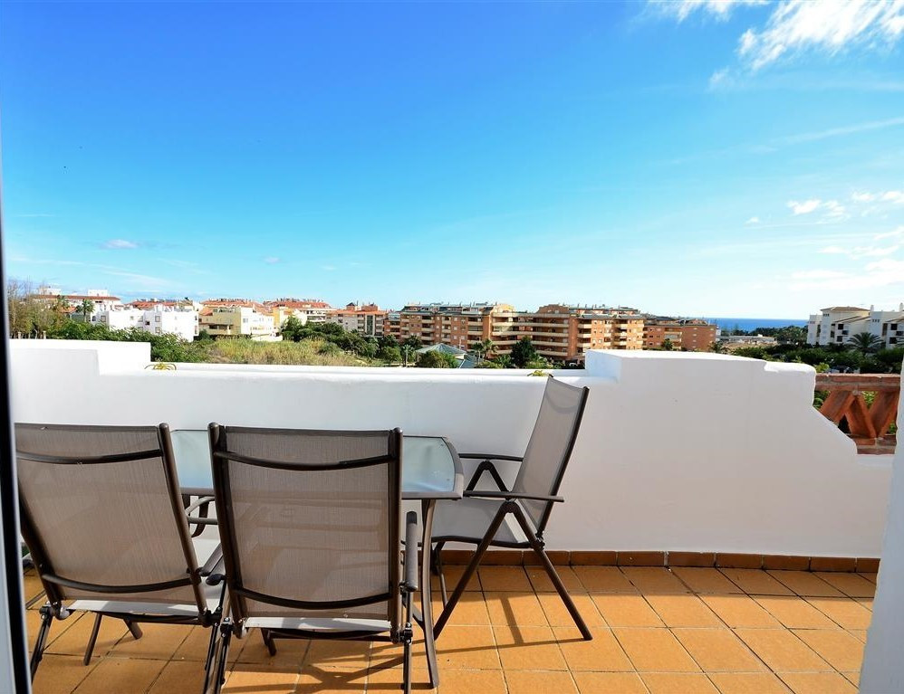 Apartment, La Duquesa, 159.900