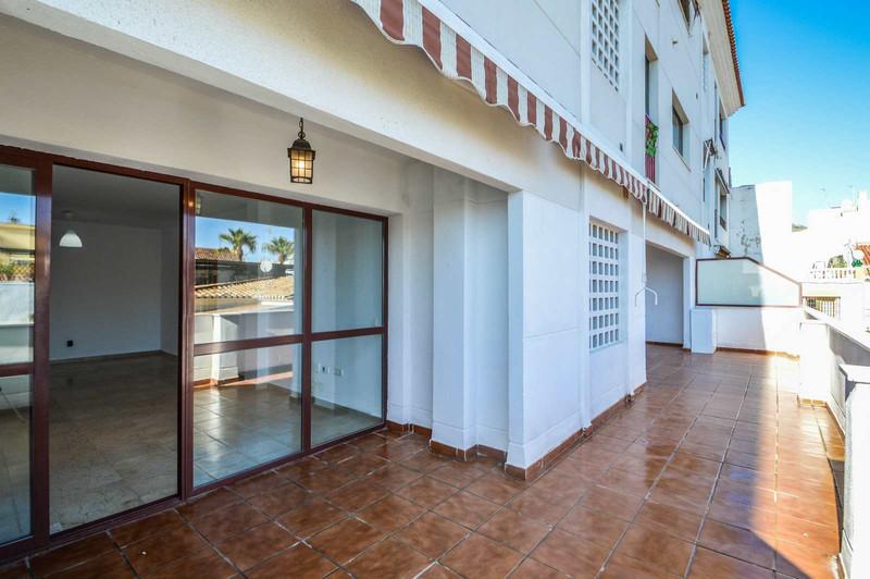 Apartments for sale Alcazaba Beach 9