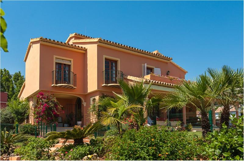 Villa – Chalet en venta en Marbella – R3333628