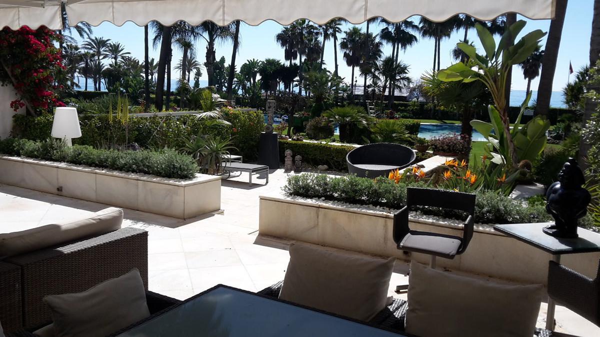 Marbella Banus Ground Floor Appartement à vendre à Puerto Banus - R2422324