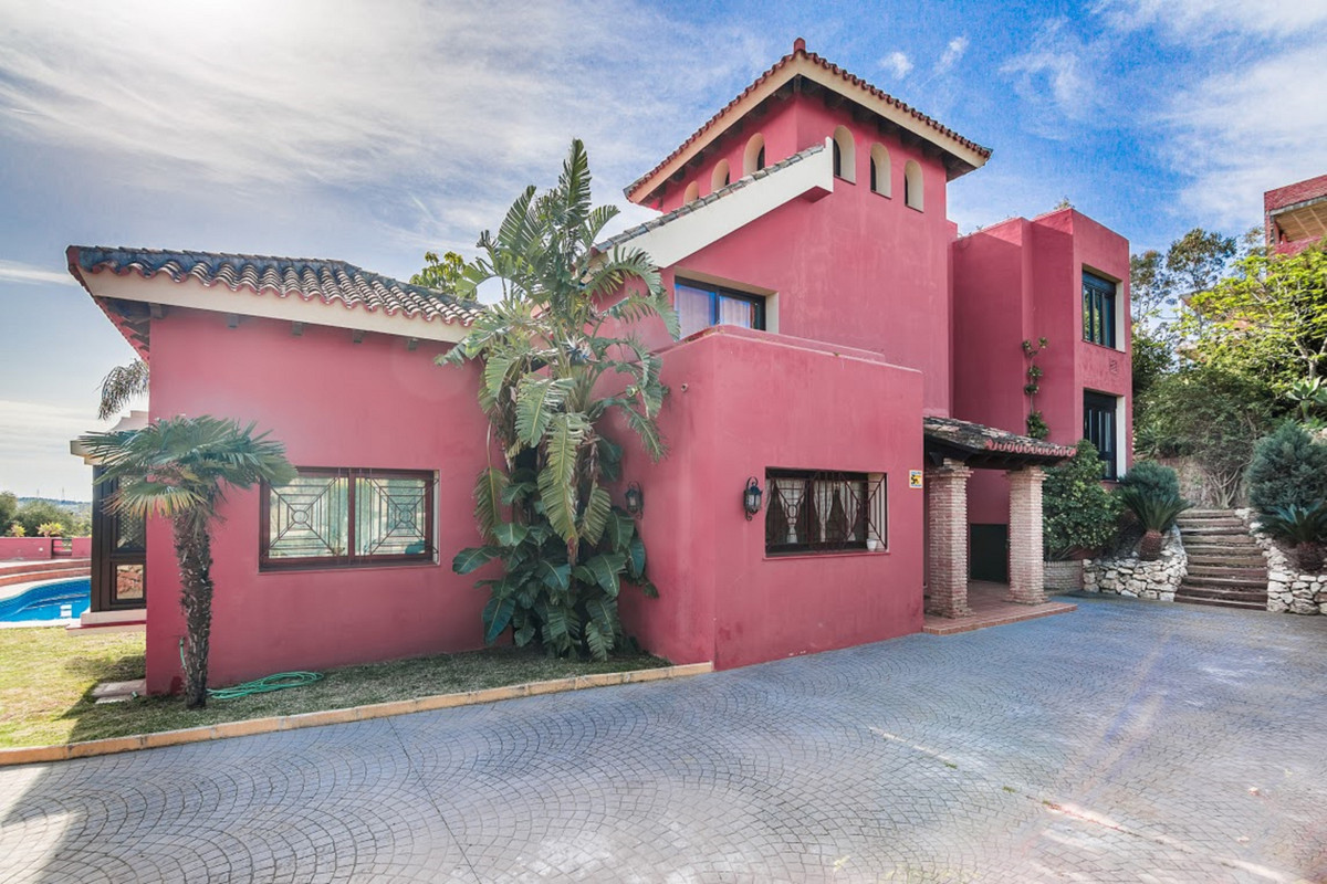House in Marbella R2927267 2