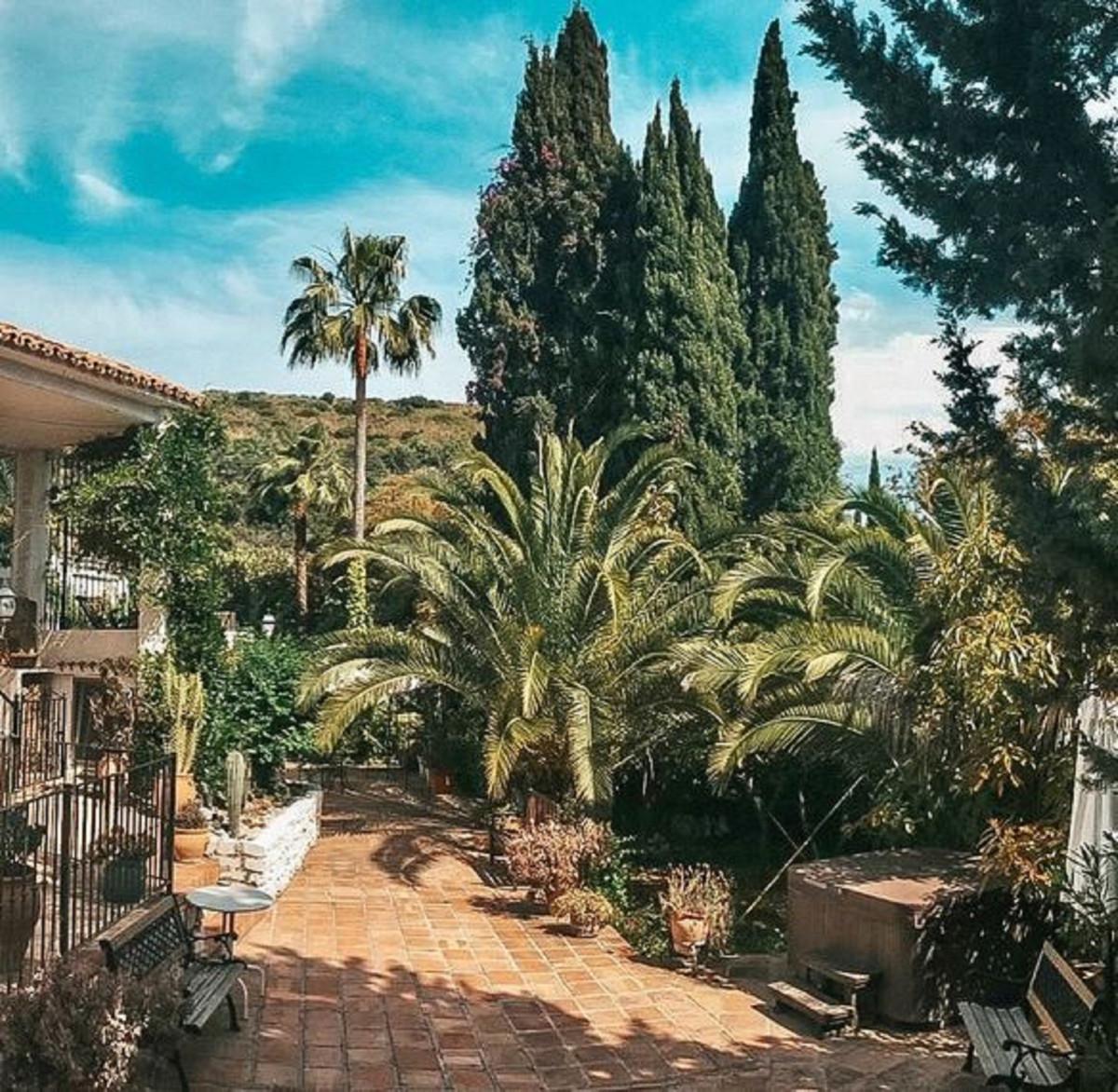 Marbella Banus Apartamento Planta Baja en Venta en Marbella – R3396016