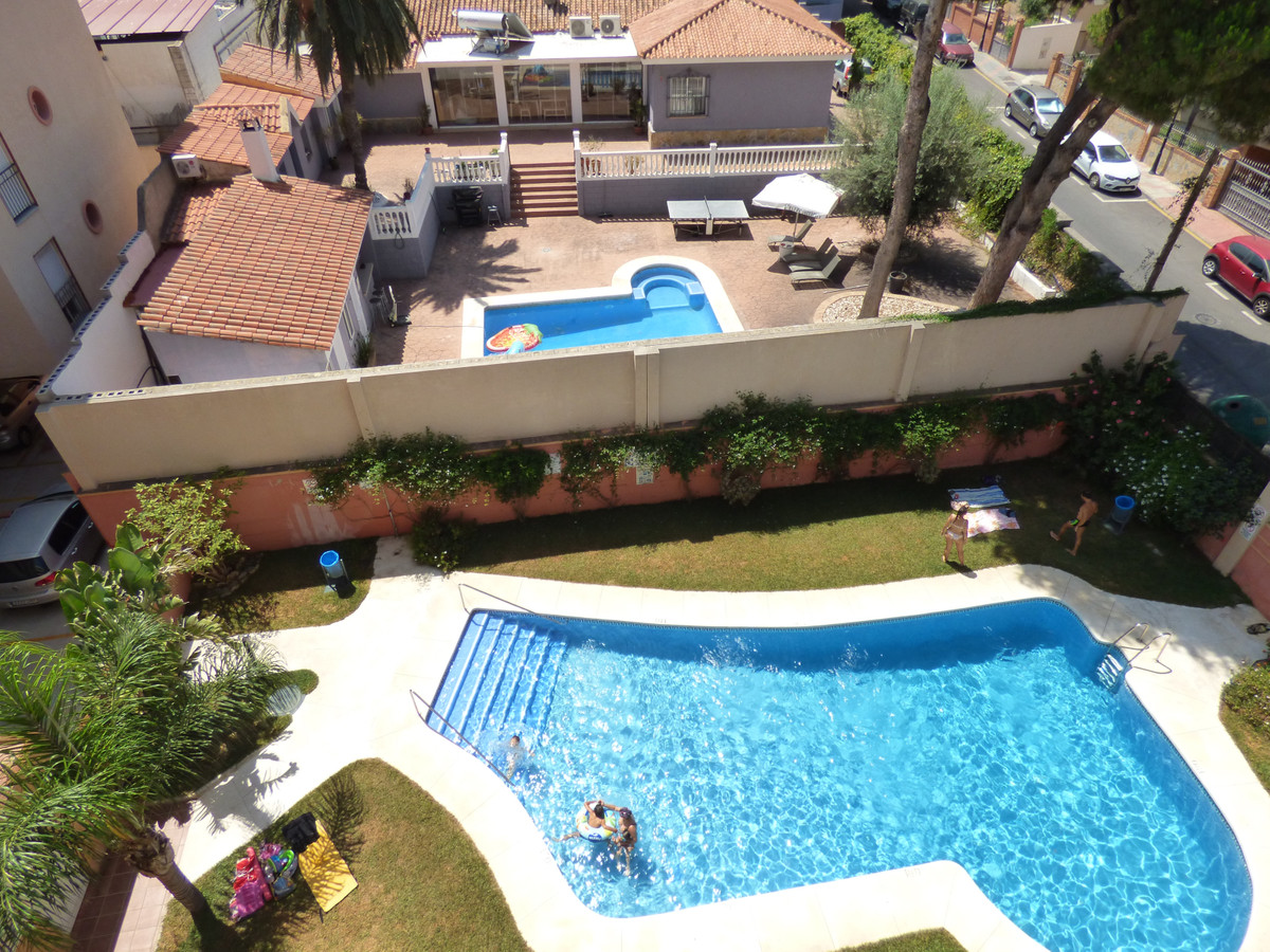BANK REPO!!! Nice one bedroom property close to the Miramar shopping centre and a 10 minute walk int,Spain