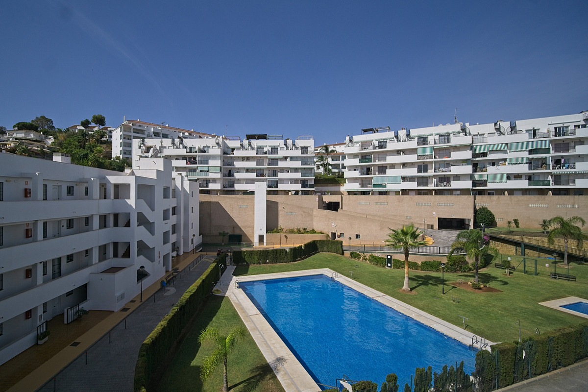 Penthouse, Miraflores, Costa del Sol. 2 Bedrooms, 2 Bathrooms, Built 70 m², Terrace 50 m².  Setting , Spain