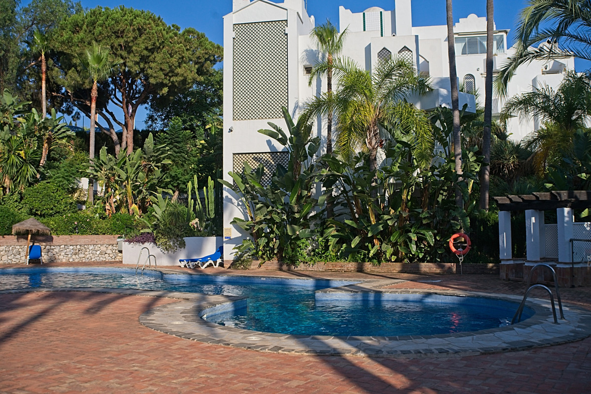 BANK REPO!!! Within the La Reserva de Marbella resort you will find Eden Hill, an oasis of tropical ,Spain