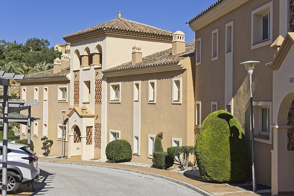 Apartamento, Planta Media  en venta    en La Mairena