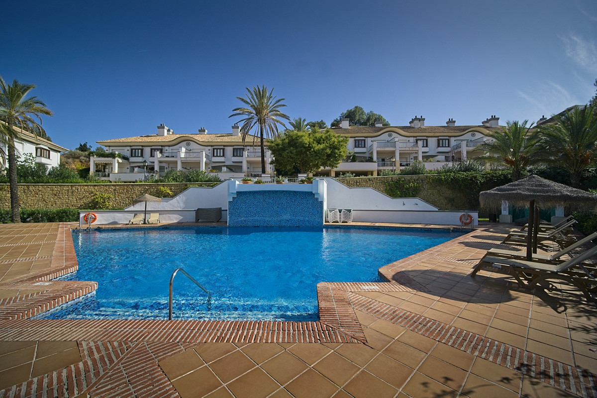 BANK REPO!!!. Fantastic spacious townhouse in the ever popular 5*resort of La Cala Golf, the fishing, Spain