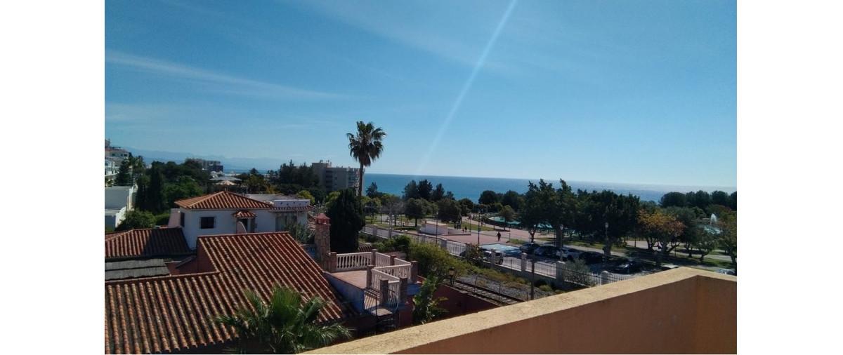 Villa for sale in Montemar