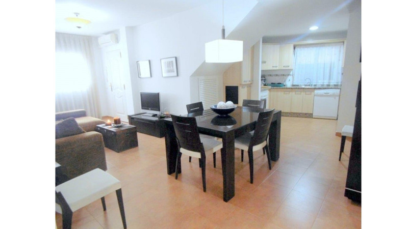 Middle Floor Apartment in Los Pacos