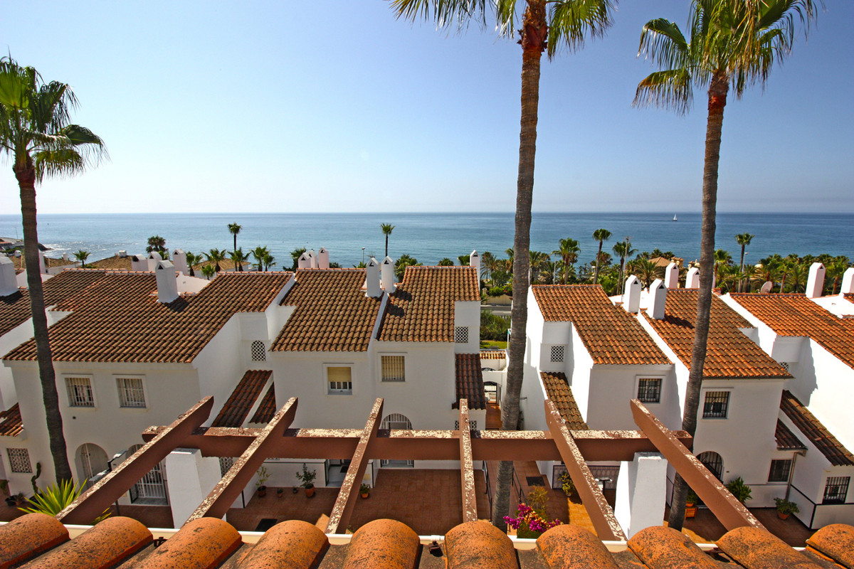 Great Townhouse of 115 m2 useful, between La Cala de Mijas and Fuengirola. Very close to the sea in ,Spain