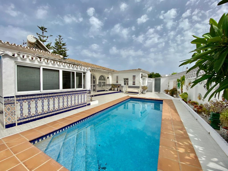 Villas In Fuengirola 10
