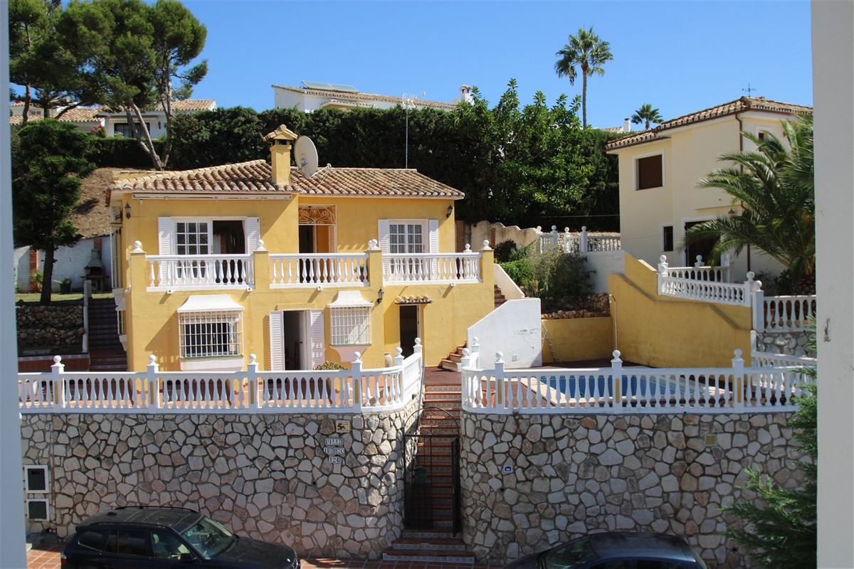 Villa For sale In Mijas costa - Space Marbella