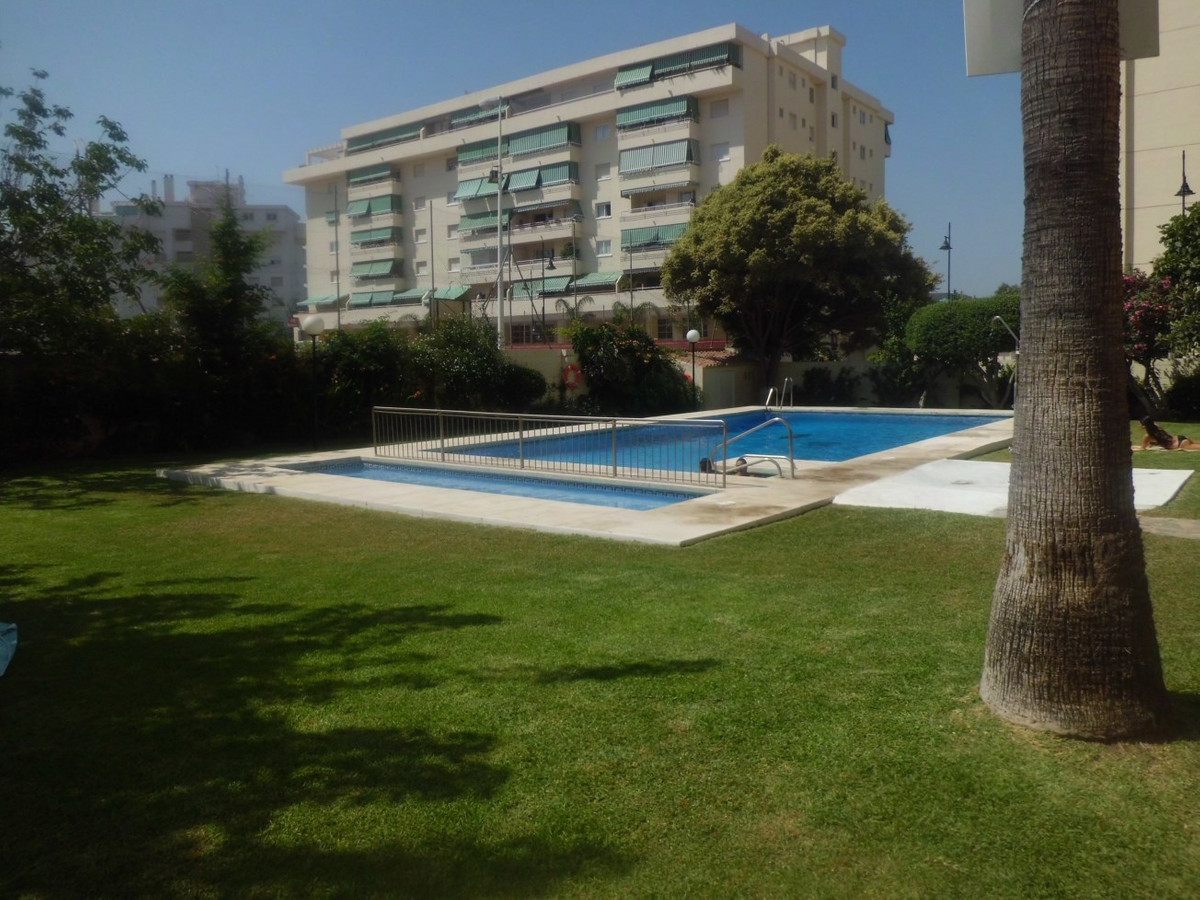 For sale large apartment in Fuengirola Myramar area near the Mosque. The flat is to reform completel, Spain