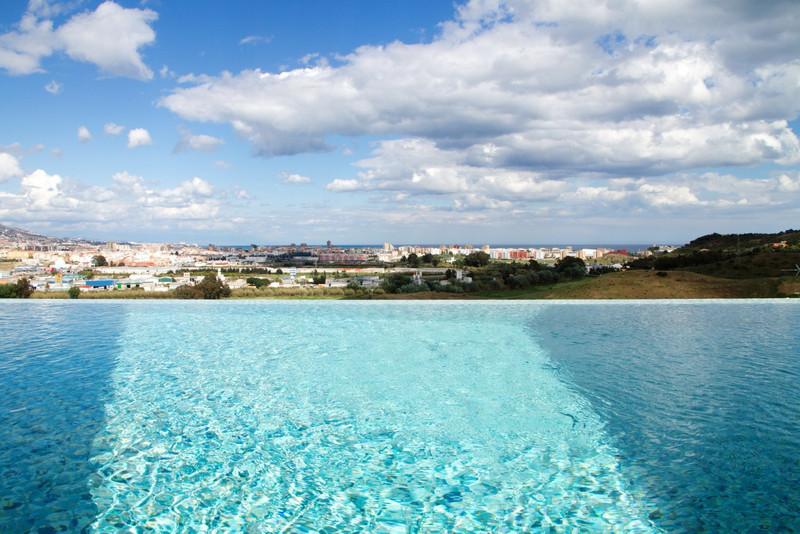 Villa – Chalet a la venta en Mijas Costa – R2637650