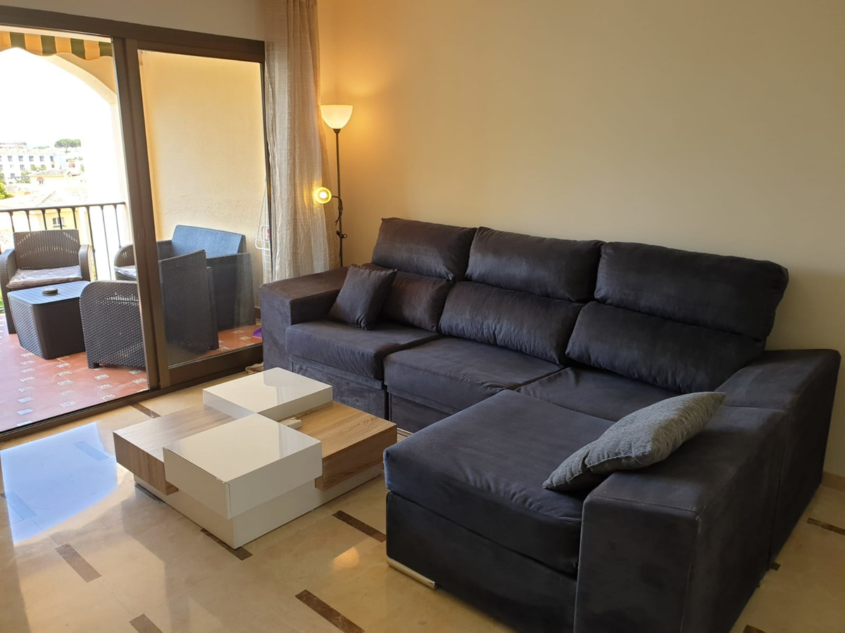2 Bedroom Middle Floor Apartment For Sale Riviera del Sol