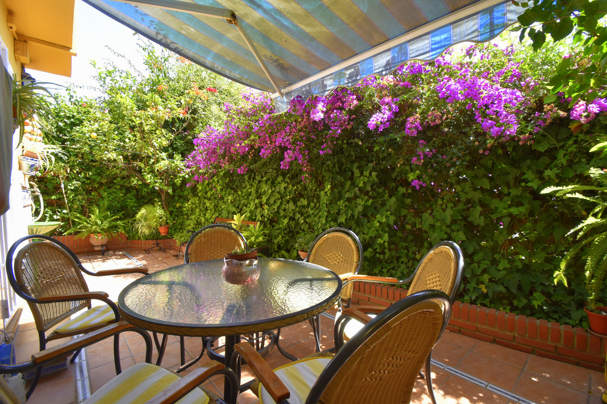 NLY 150 METERS FROM THE BEACH in La Carihuela, quiet area without noise.  Fantastic corner townhouse, Spain