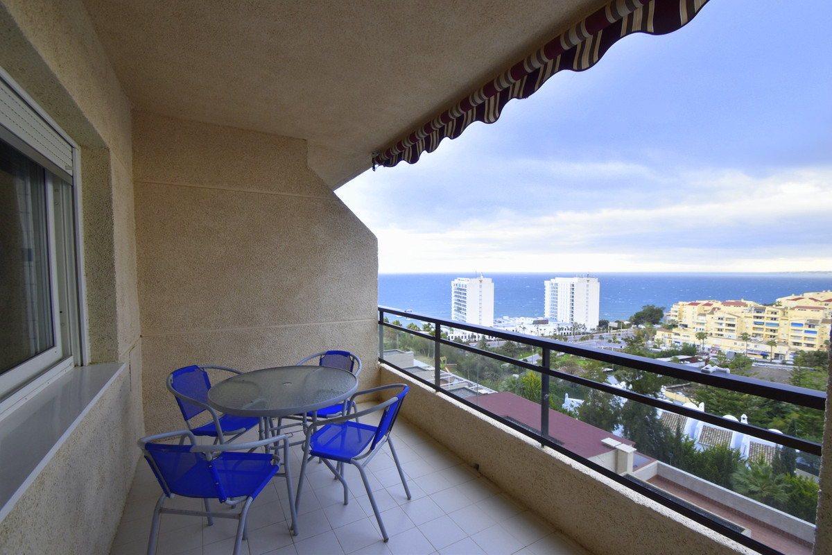 Amazing views in this contemporay and cozy apartment in one of the best areas of Benalmadena Costa.., Spain
