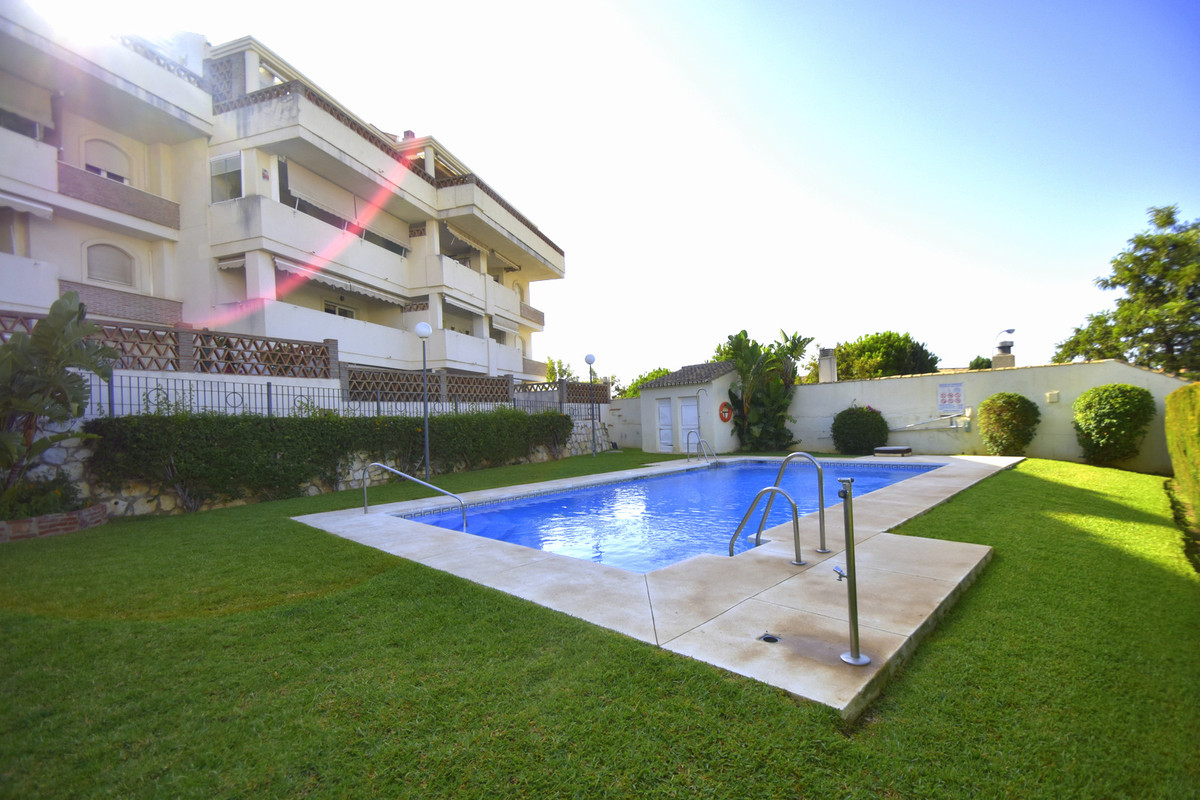 NEW PROPERTY FOR SALE! Nice and sunny, very well connected to the center of Arroyo de la Miel, close, Spain