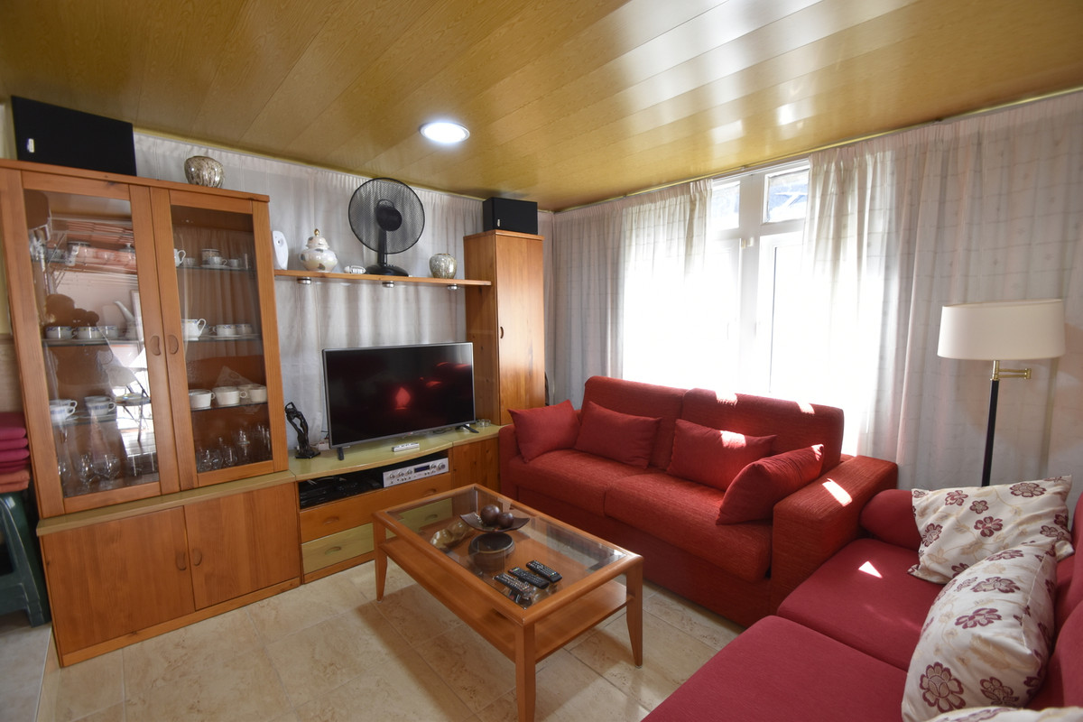 R3229486: Apartment for sale in La Carihuela