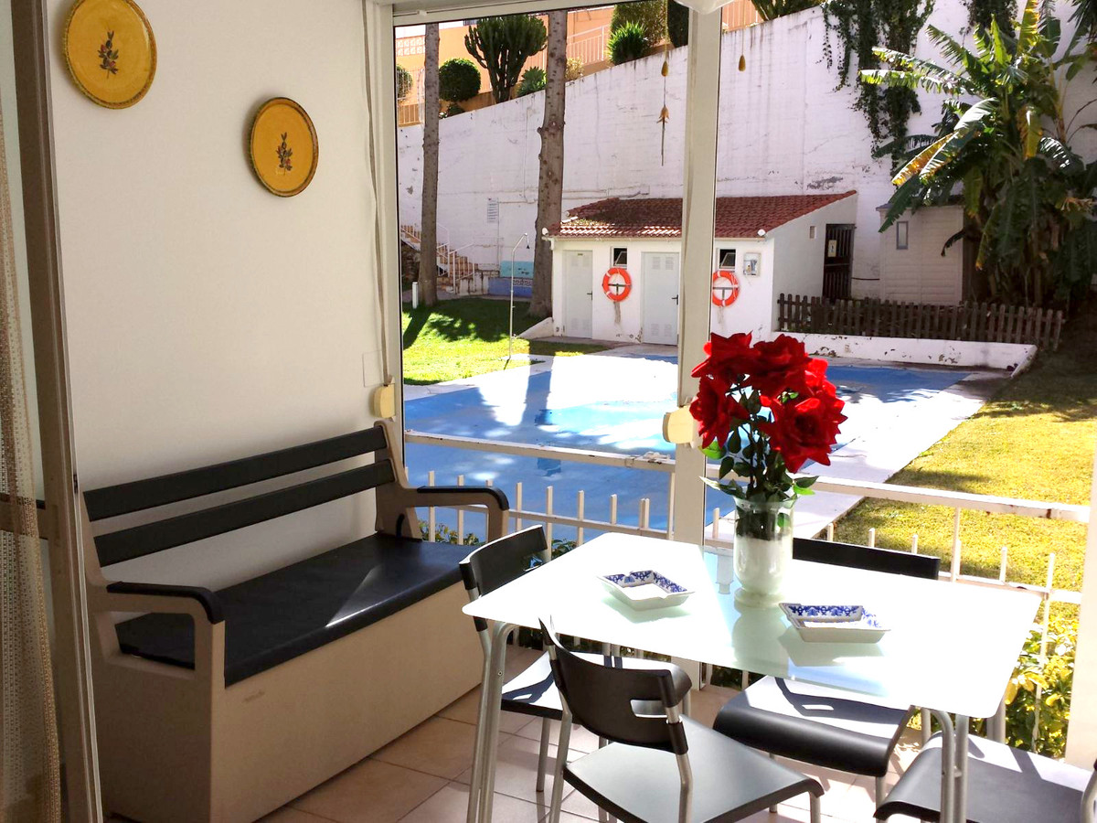 Great opportunity, magnificent studio for sale in Playamar at 200 meters. , of the beach. Unbeatable,Spain