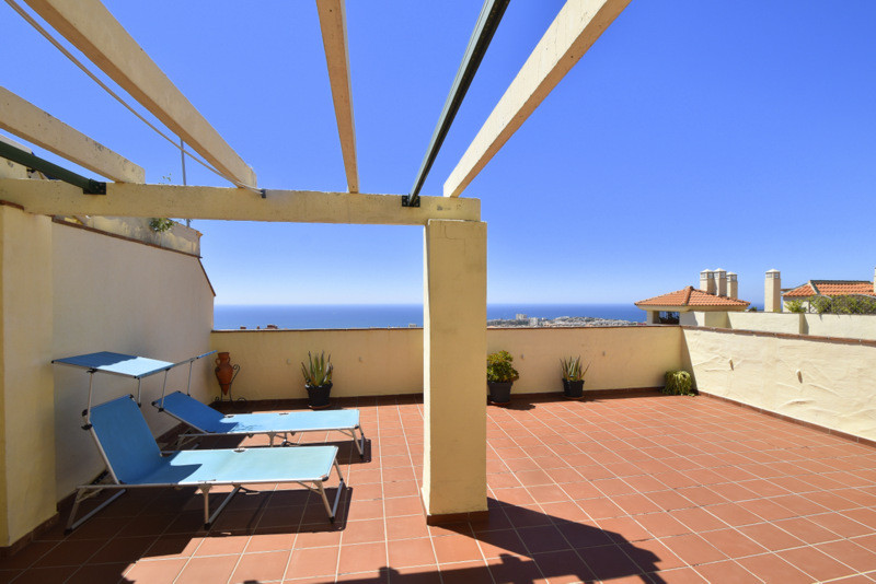 4 bedroom apartment for sale arroyo de la miel
