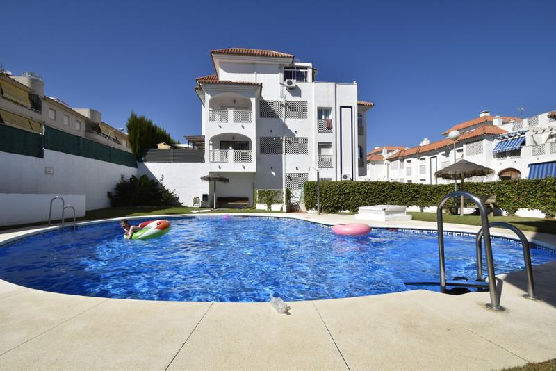 Apartamento Planta Baja a la venta, Torremolinos – R2945843