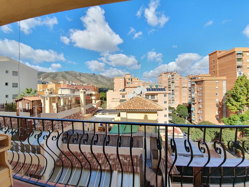 Marbella Banus Apartamento Planta Media a la venta, Torremolinos – R3617219