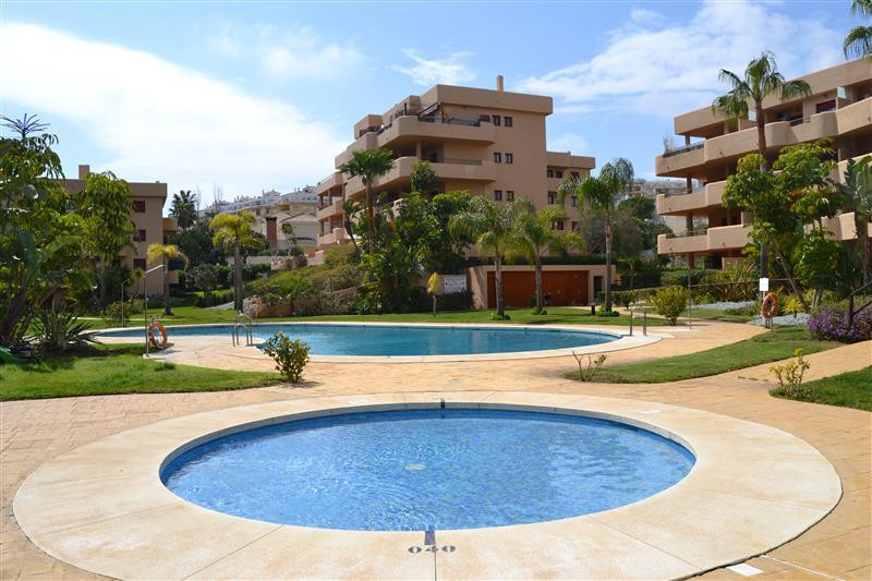 Apartment  Middle Floor 																					for rent 																			 in La Cala de Mijas