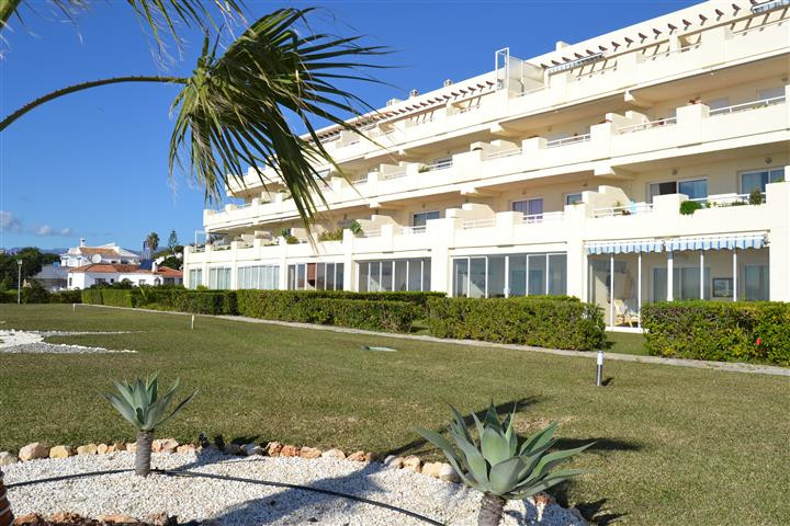Ground Floor 2 bedroom apartment in Balcones del Chaparral.  This apartment is in Block 1 one of the,Spain