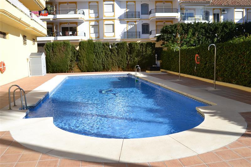 Fabulous opportunity to buy a Studio in the Butibamba area of La Cala de Mijas.  Beachside which is , Spain