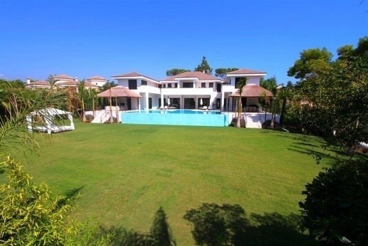 Detached Villa in Guadalmina Baja