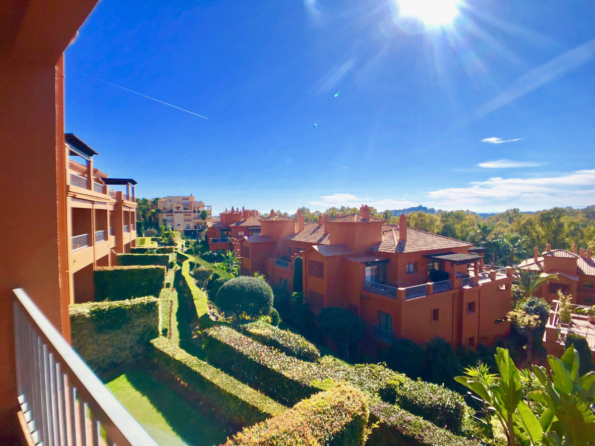 FANTASTIC BRIGHT WEST FACING APARTMENT WITH LARGE SUNNY TERRACE  This 2 bed / 2 bath apartment is lo,Spain