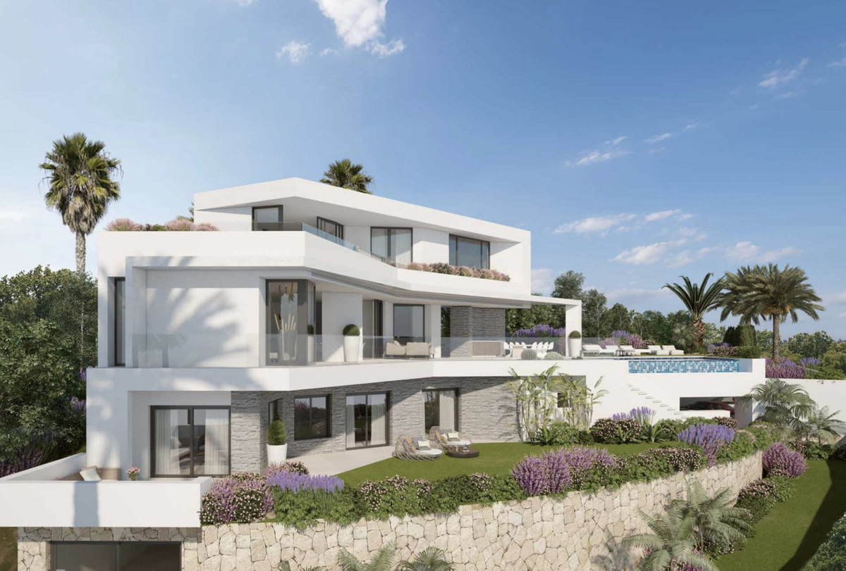 OFF-PLAN - ECOLOGICAL PASSIVE VILLA IN ELVIRIA, MARBELLA WITH SEA VIEWS and consisting of 3 floors a, Spain