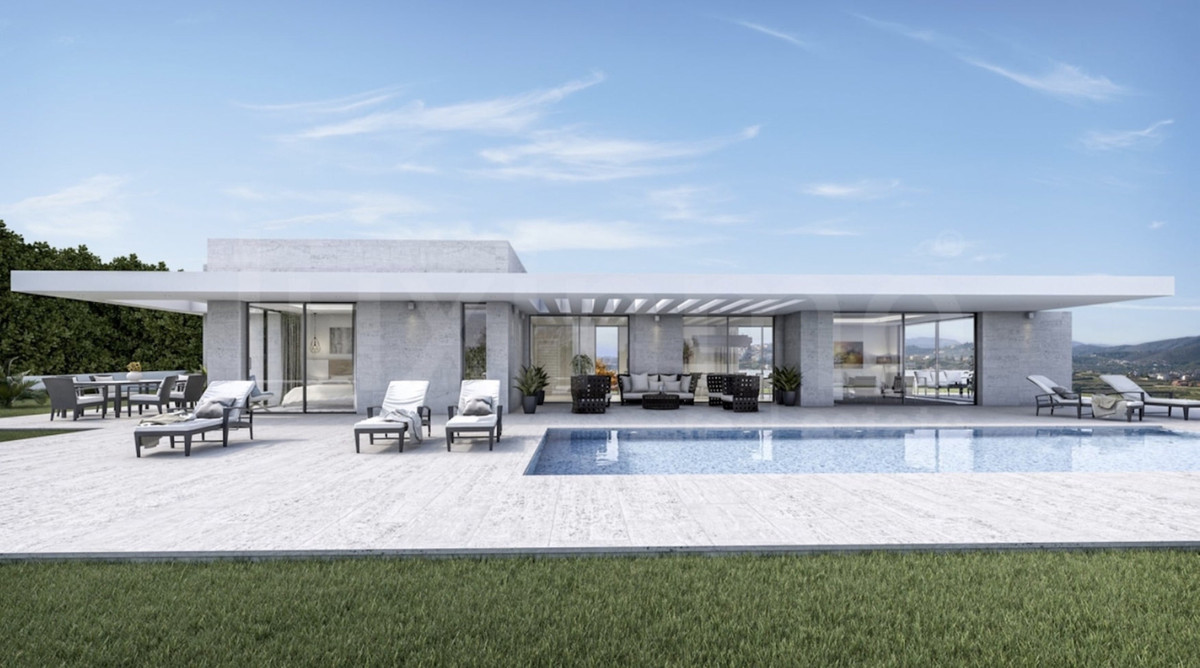 OFF-PLAN LUXURY ECOLOGICAL CONTEMPORARY VILLA - First line golf with panoramic views of the golf and, Spain