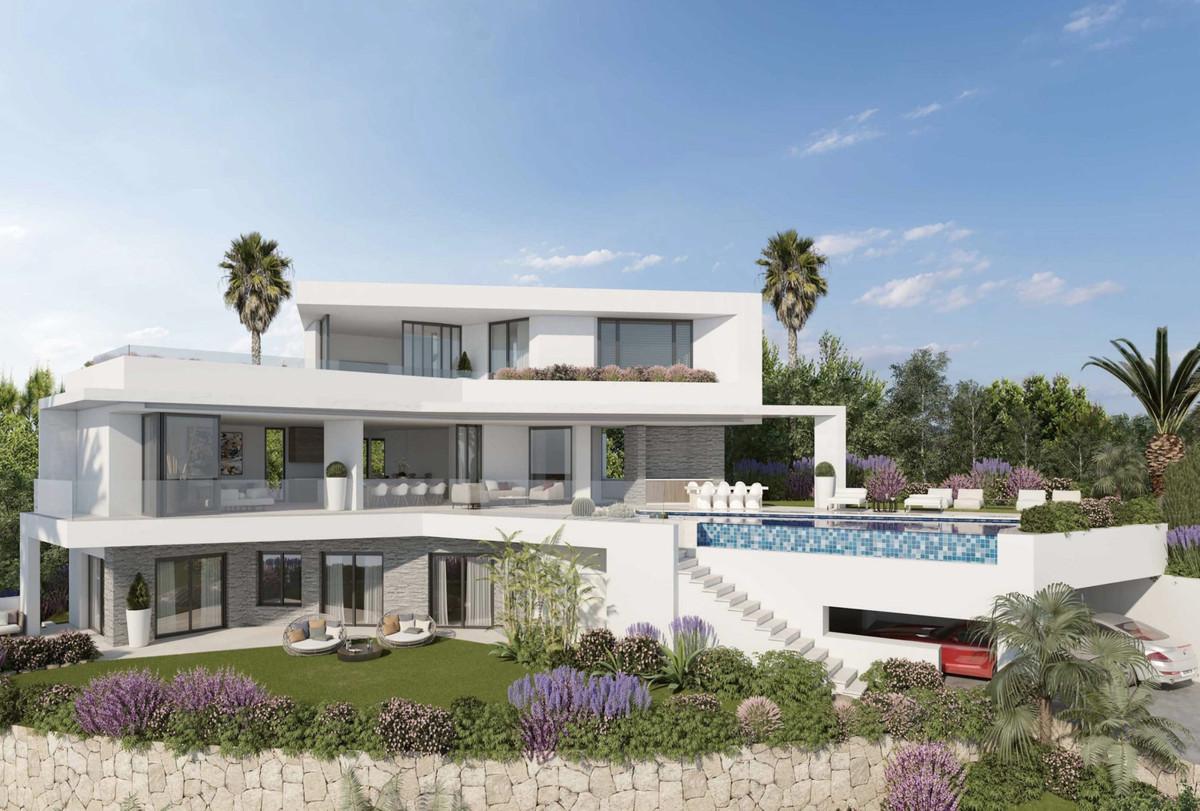 Marbella Banus Villa en Venta en Elviria – R3137071