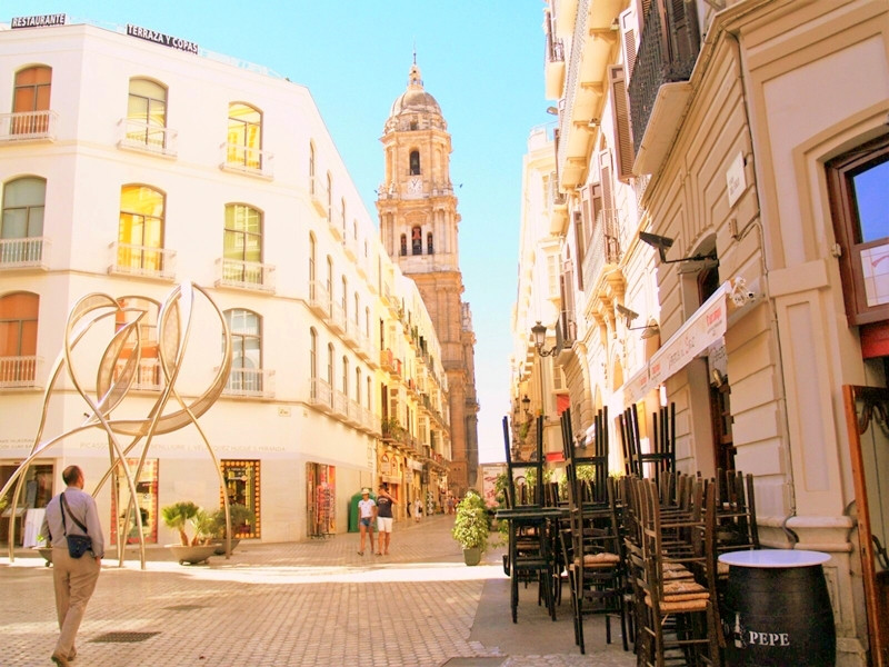 Exclusive small and cozy studio in the heart of the center of Malaga, next to the cathedral. Located,Spain