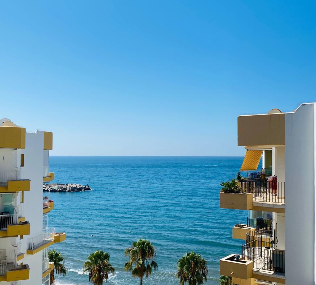 Marbella Banus Apartamento Planta Media en venta en Marbella – R3689933