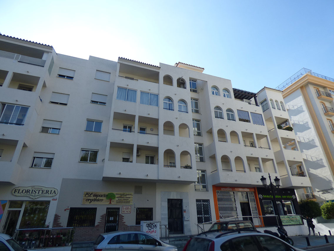 Nice two bedrooms, one bathroom apartment located in Marbella Centre. It is situated in a downtown a, Spain