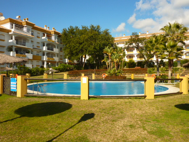 Nice east facing ground floor apartment situated in Marbella centre, just a few minutes from the bea,Spain