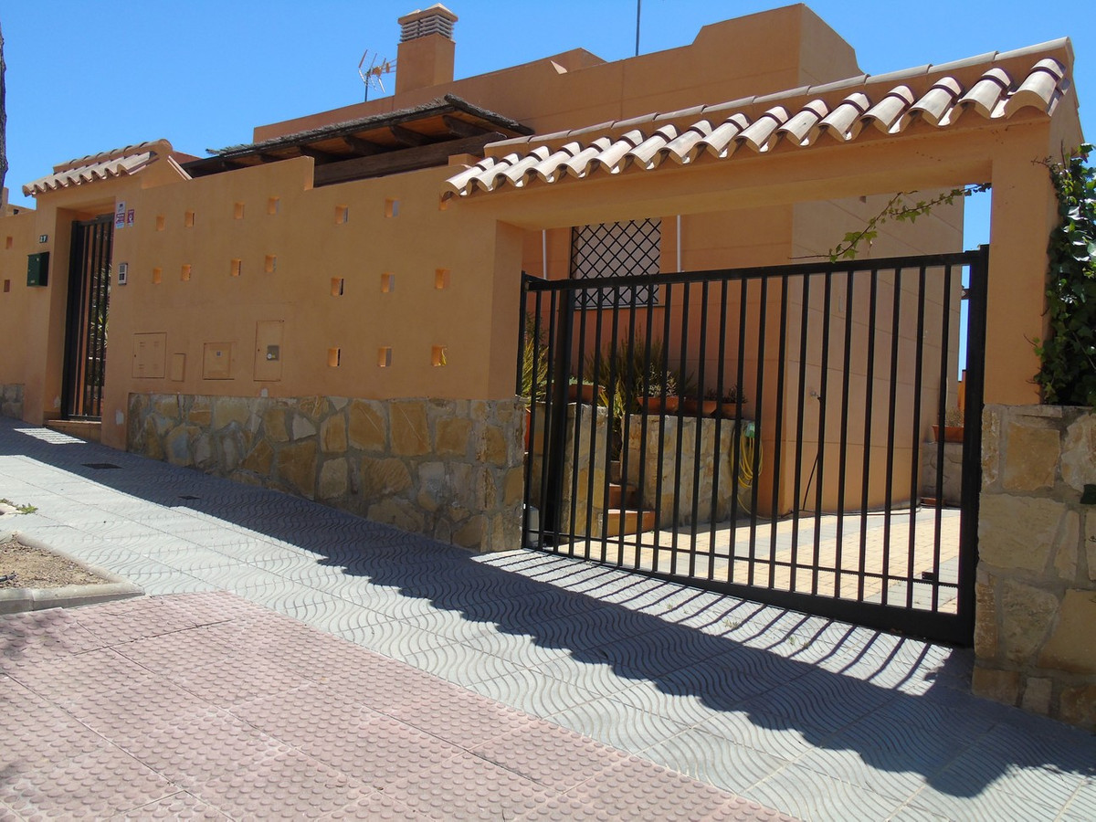 Semi Detached Villa in Torre del Mar Costa del Sol, for sale, in excellent conditions of conservatio, Spain