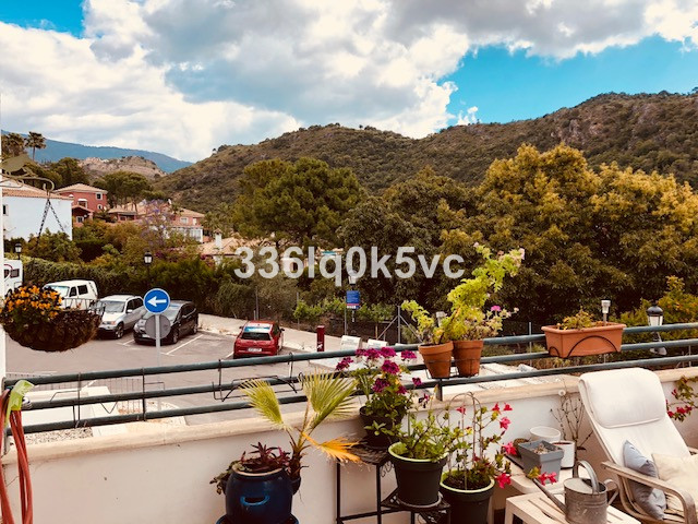 Corner townhouse with 3 bedrooms in Benahavis village. That townhouse consists of 3 floors. First fl,Spain