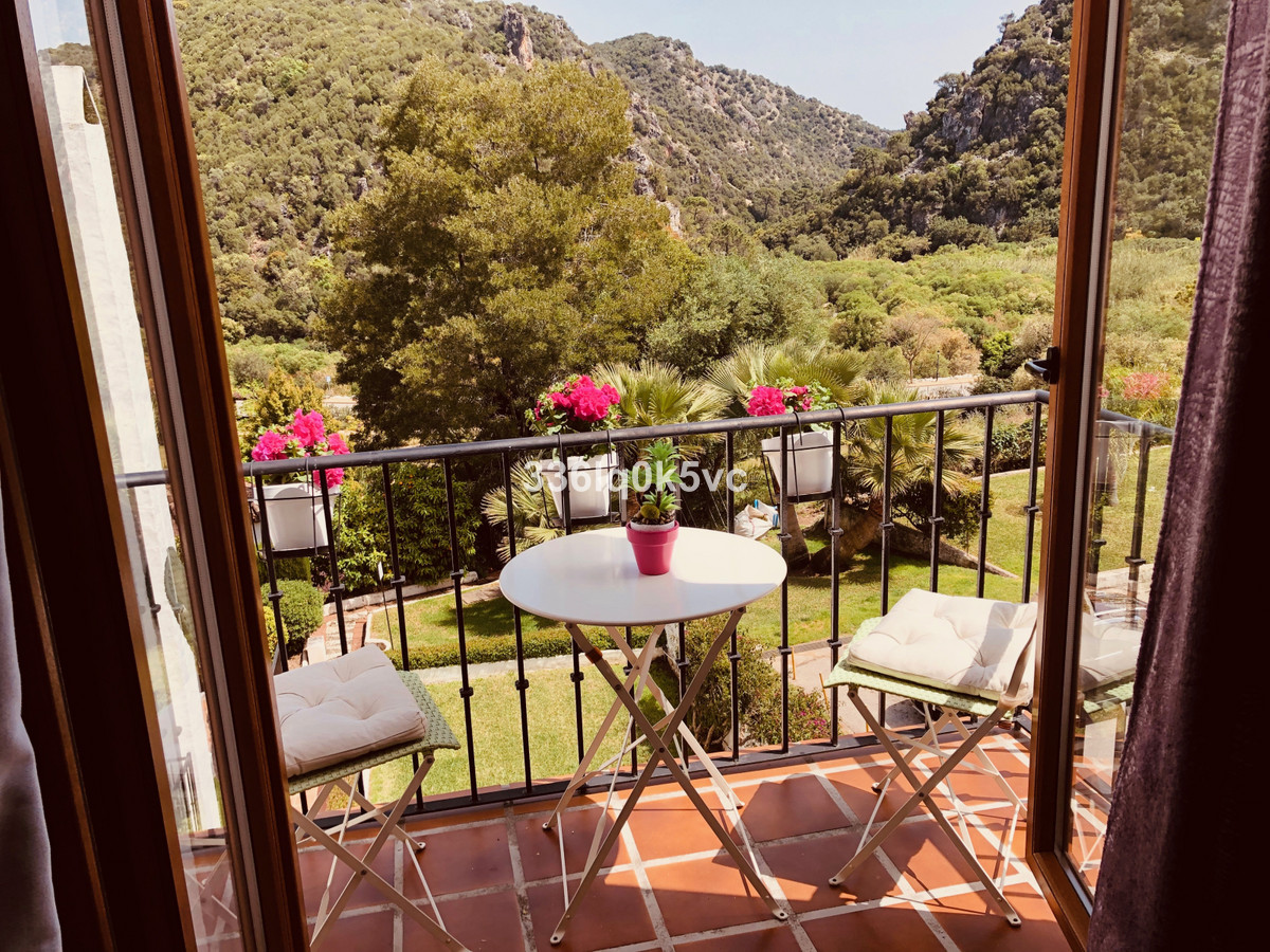 On a typical Spanish urbanization located 1 bedroom apartment with stunning views. Perfectly renovat,Spain