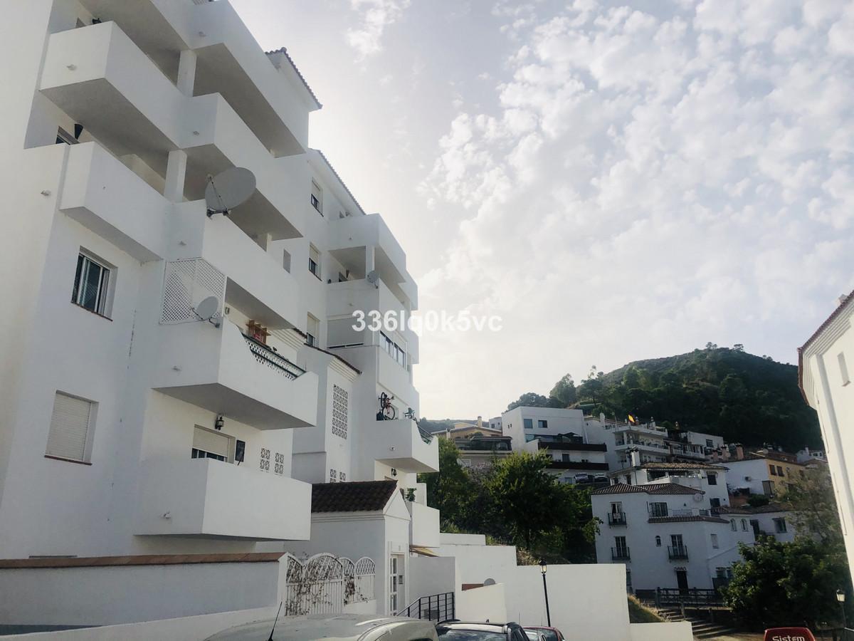Marbella Banus Apartamento en Venta en Benahavís – R3736459
